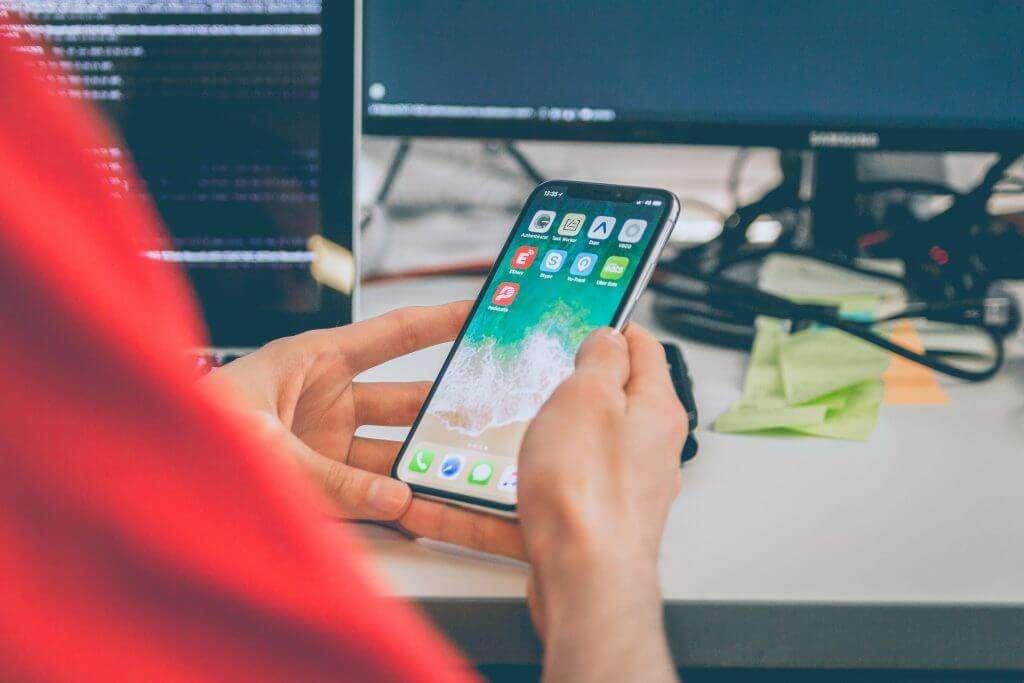 IPhone_X_Apple_Smartphone__Premium_Test